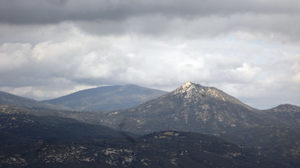 Stonewall Peak from Oakzanita Peak